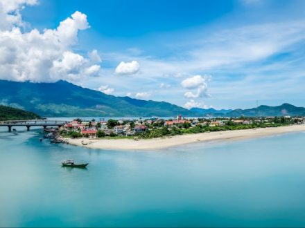 Lang Co Beach - Danang Motorbike Adventure